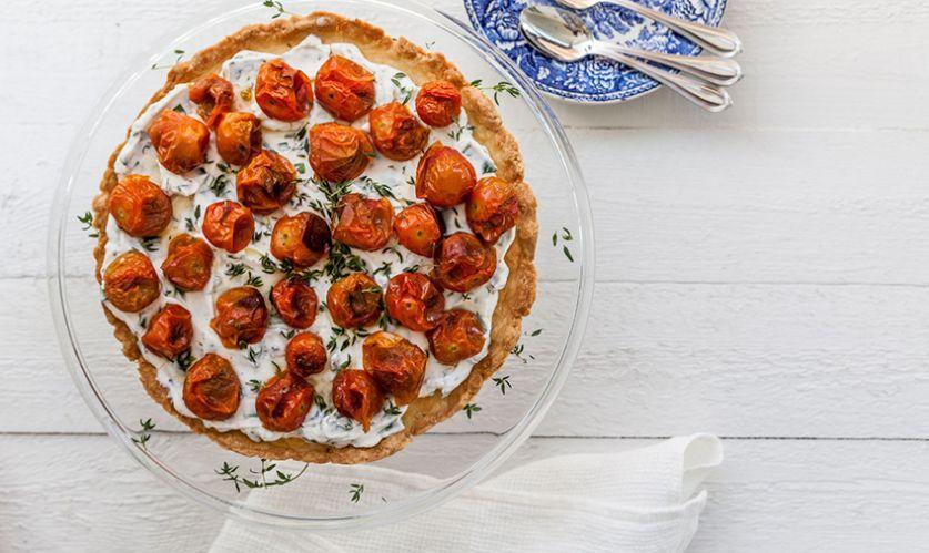 Tomaatti-tuorejuustopiirakka